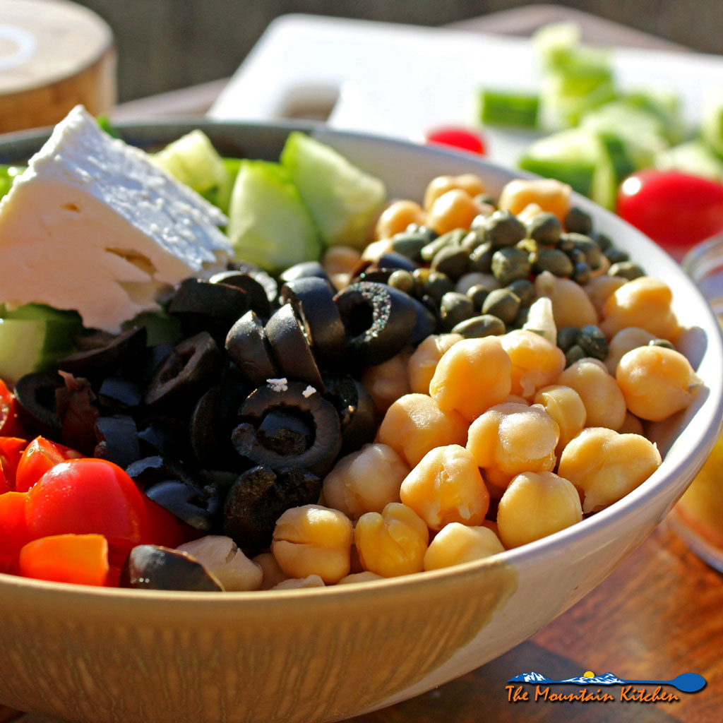 Greek Chickpea Salad With Greek Dressing {A Meatless Monday Recipe