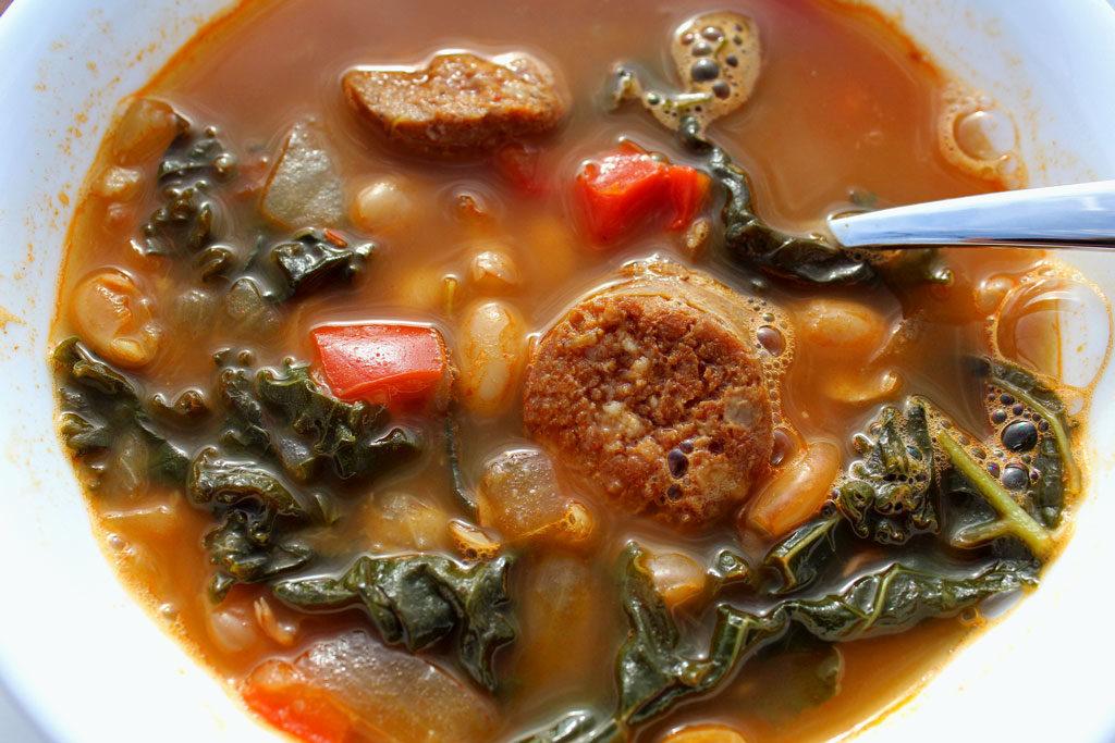 Spanish-Style White Bean Soup