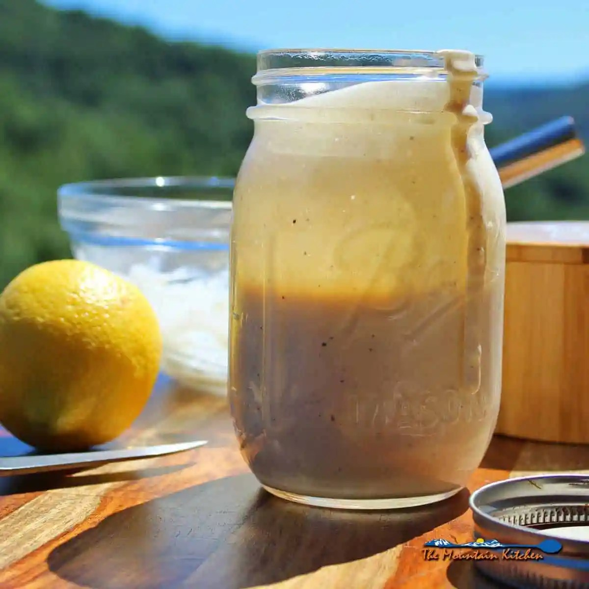 Horseradish White Barbecue Sauce