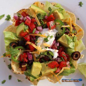Vegetarian Taco Salad {A Meatless Monday Recipe