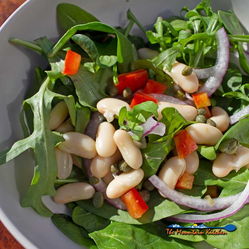 White Bean Arugula Salad {A Meatless Monday Recipe