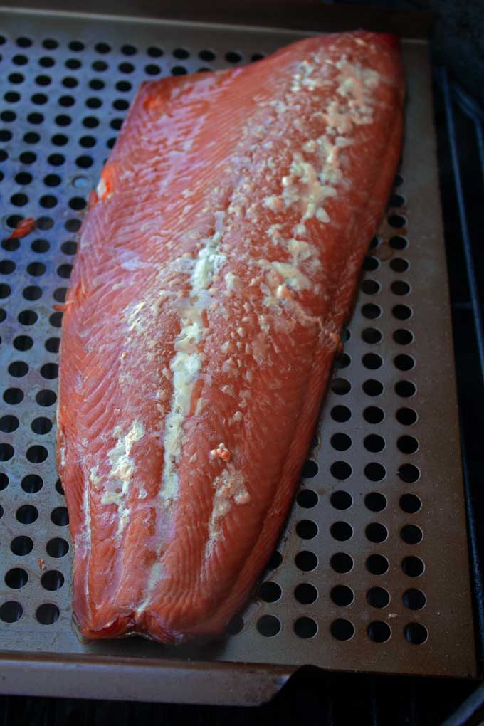 salmon fillet with albumin bleed