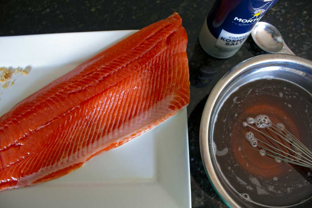 fillet of salmon with brine in bowl