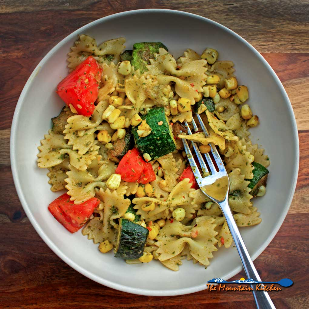 Pesto Pasta With Summer Vegetables {A Meatless Monday Recipe