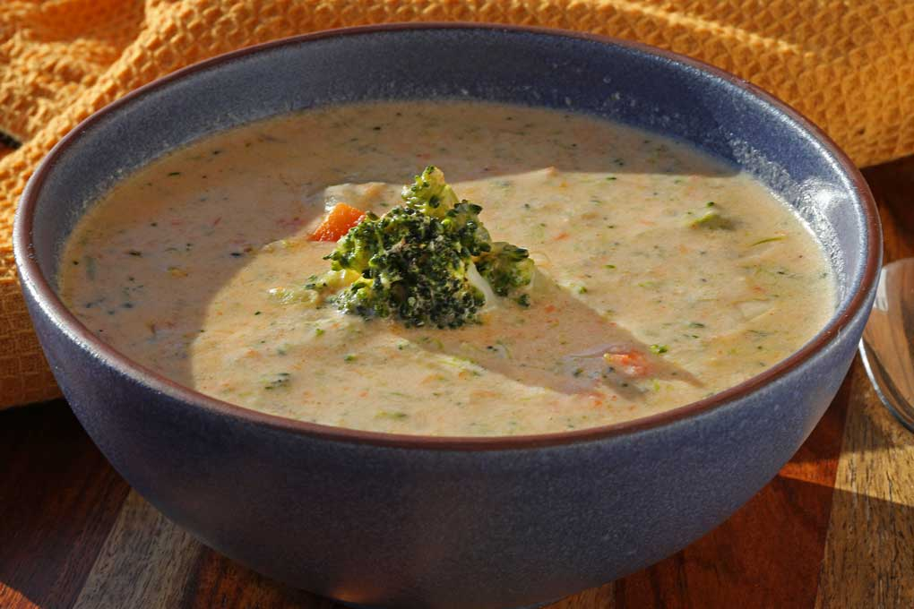 bowl of broccoli cheese soup