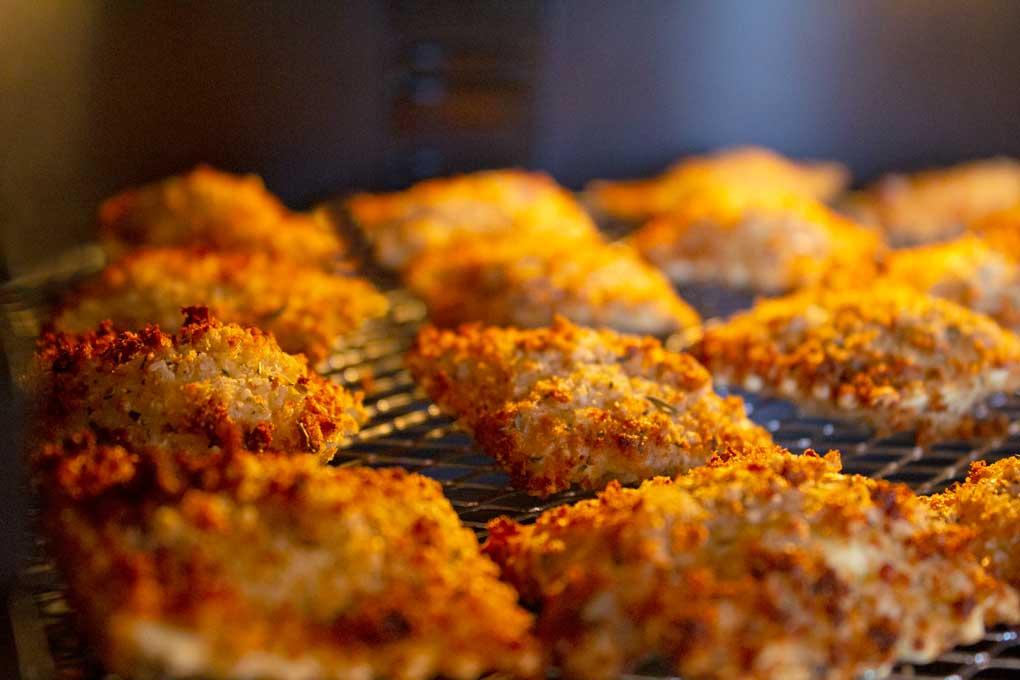 air fryer ravioli cooking inside air fryer