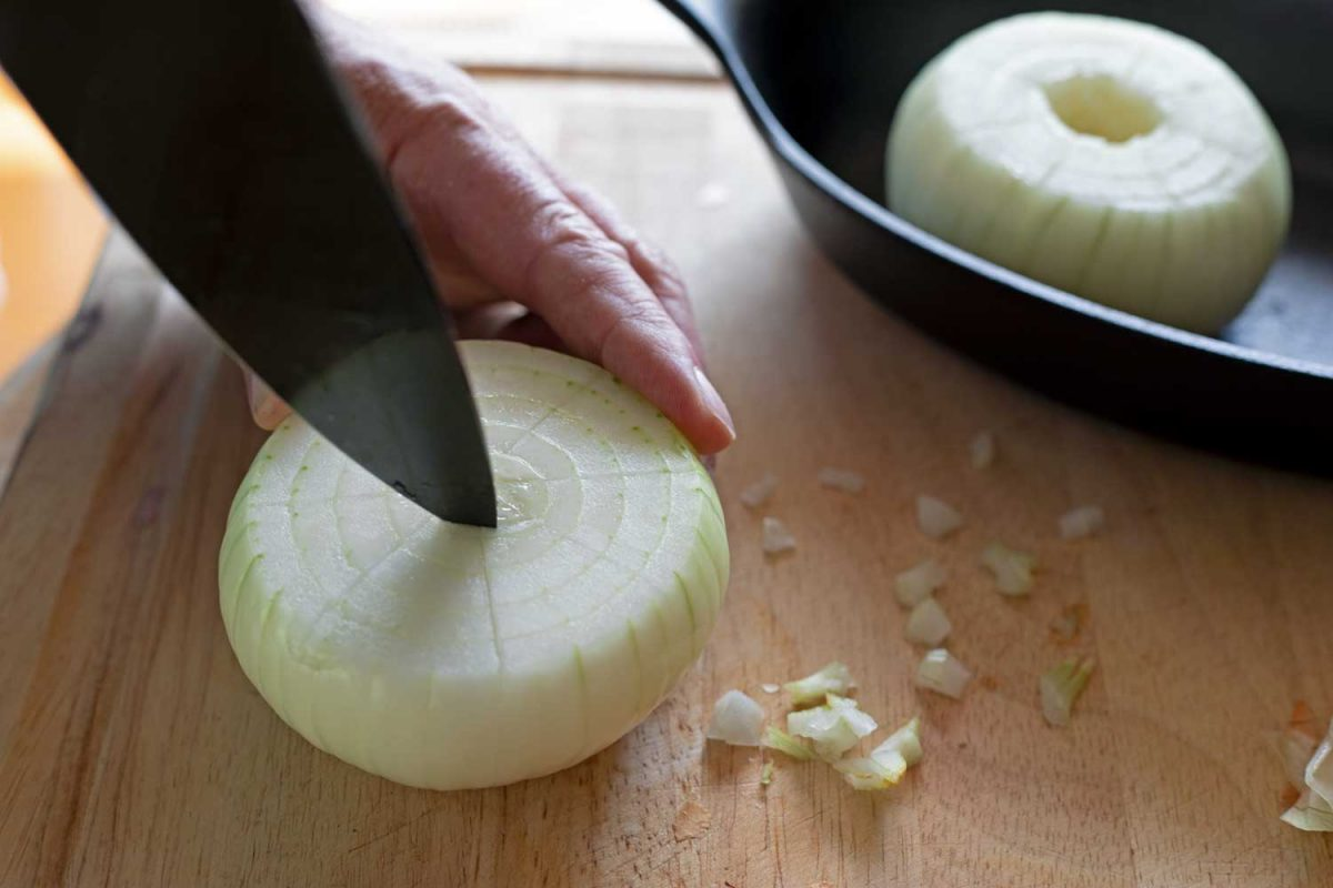 cutting core out of onion
