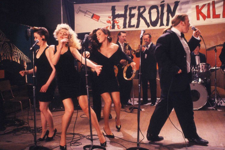 Maria Doyle Kennedy in The Commitments, an Alan Parker film