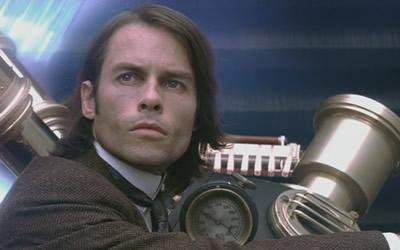 Guy Pearce as Alexander Hartdegen in The Time Machine (2002)