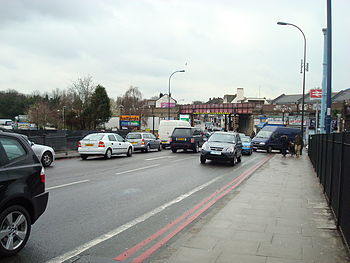 English: Catford Road (South Circular Road), L...