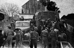 Irgun men disguised as British soldiers