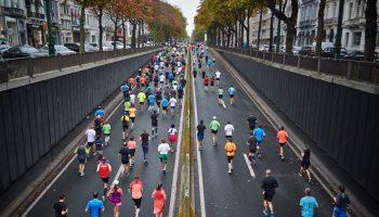 walk running runners and walkers