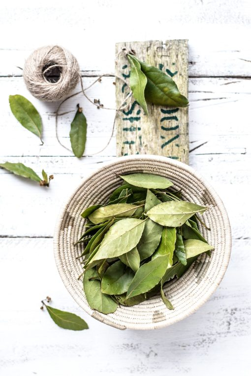 bay leaves homemade natural anti-dandruff hair oil feature image