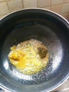 Dubki Kadhi 9. frying cumin seeds