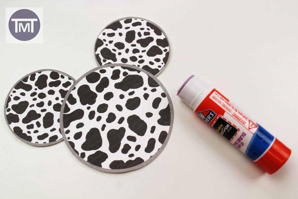 101 Dalmatians Inspired Disney Christmas Craft