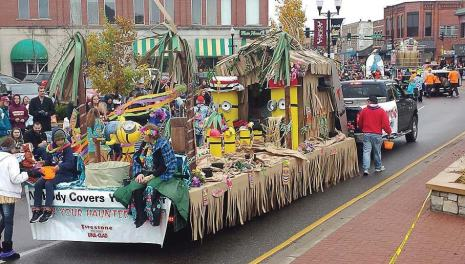 Anoka, Minn.'s 2015 parade had 212 floats and 15 marching bands from all over the Midwest, drawing in crowds to watch. (Photo provided)