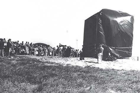 An estimated crowd of 400 onlookers attended the unveiling of the Georgia Guidestones on March 22, 1980, outside Elberton, Ga. (Photo provided)
