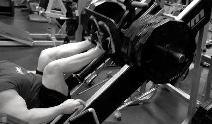 Common Mistakes on Leg Press - Proper Form Foot Stance Foot Placement