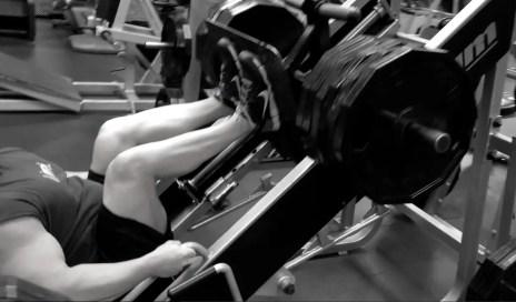 Bodybuilding Leg Workout - Squats, Front Squats, Leg Press