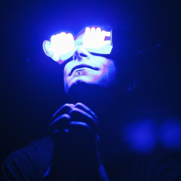 Klayton-Lightbulb-Goggles