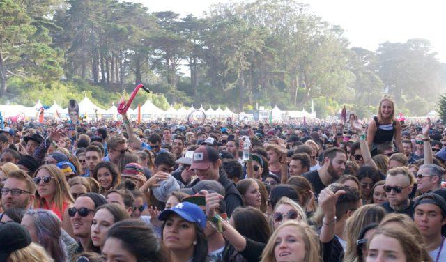 Crowd10