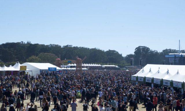 Crowd7