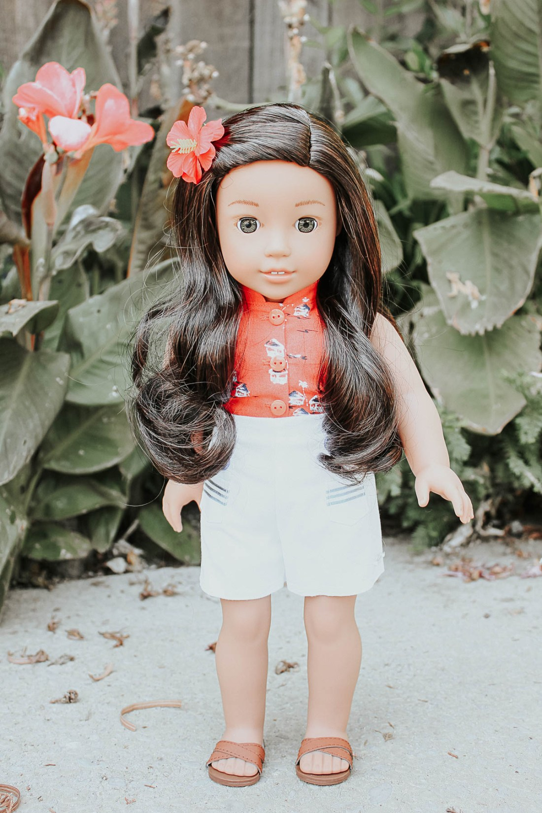 Nanea Mitchell American Girl Doll - Aloha Outfit & Accessories