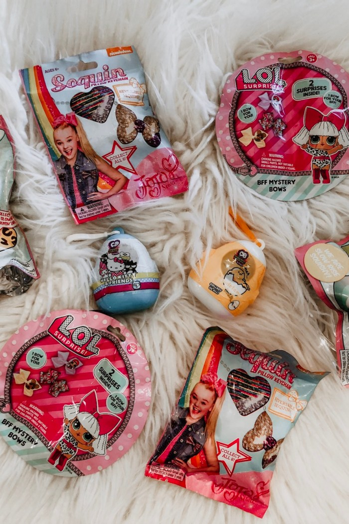Squish 'Ums, LOL Mini Bows, JoJo Siwa Keychains, Cutie Beans, & Gudetama – The Blind Bag Craze Continues