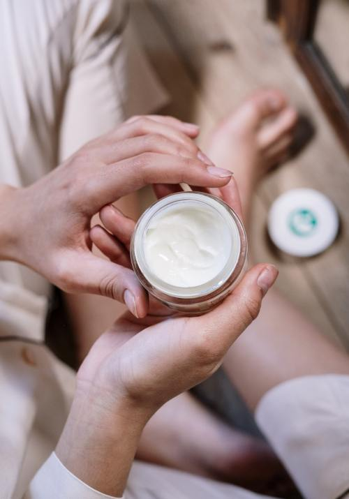 A Beginner's Guide to Skin Care: How to Choose the Best Moisturizer