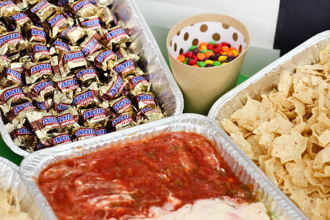 How to: Build an awesome snack stadium