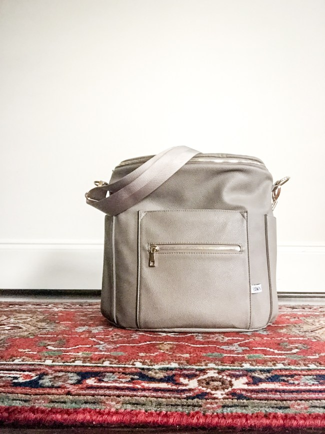 Mom's Must-have Spring Accessories: Fawn Designs Diaper Bag