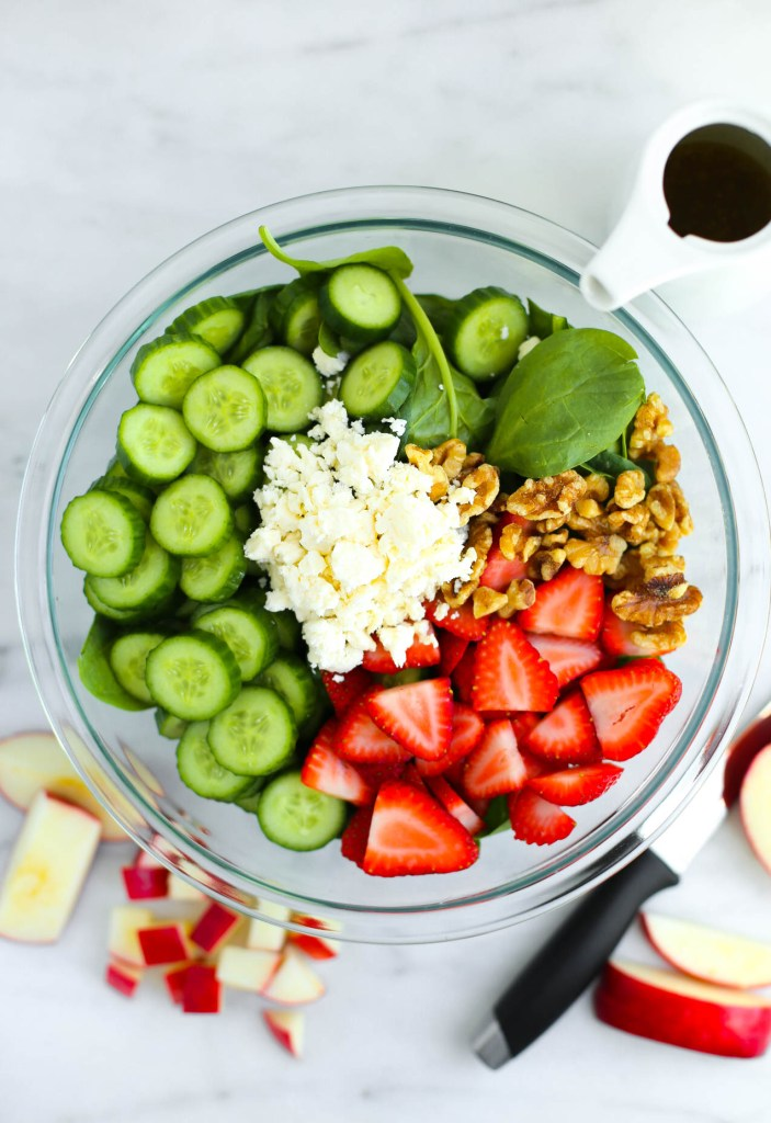 clean eating, cucumber, dinner, everyday meals, healthy recipes, lunch, salad, side dish, simple, spinach, strawberry, summer, vinaigrette