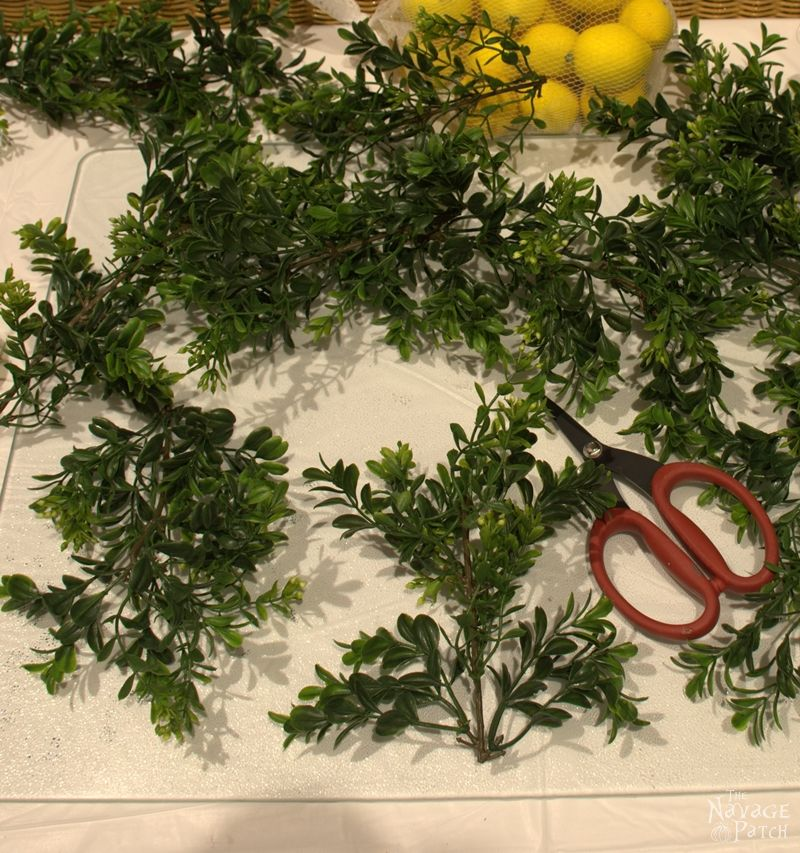 DiY Summer Lemon Wreath | Faux lemon and boxwood wreath with lemon scent | Wreath making tutorial | How to use your wreath as room freshener | How to make a room freshener with essential oils | Diy home decor | TheNavagePatch.com