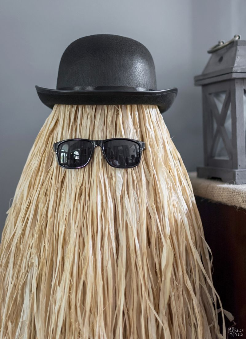 Cousin itt halloween prop the navage patch for Photo decoration