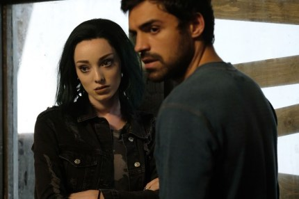 Lorna/Polaris (Emma Dumont) and Marcos/Eclipse (Sean Teale) in The Gifted 1.05 'boXed in'
