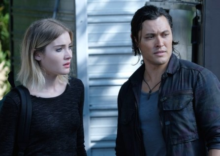Skyler Samuels and Blair Redford in The Gifted 1.08 'threat of eXtinction'