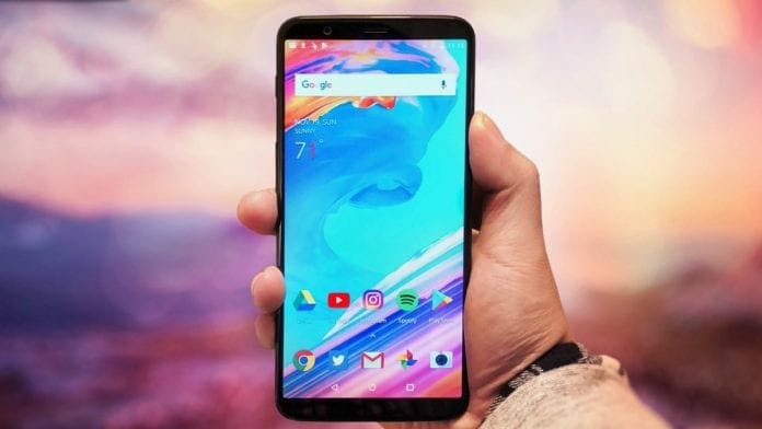 OnePlus 5T 696x392 - Unlock OnePlus 5T Bootloader to Root, Install TWRP and Custom ROM