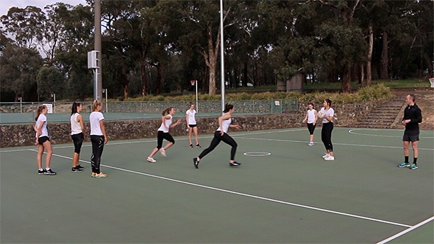 Netball coaching drill team Clover