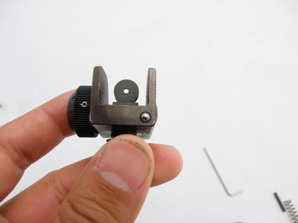 AR15 Rear Sight Installation (7)