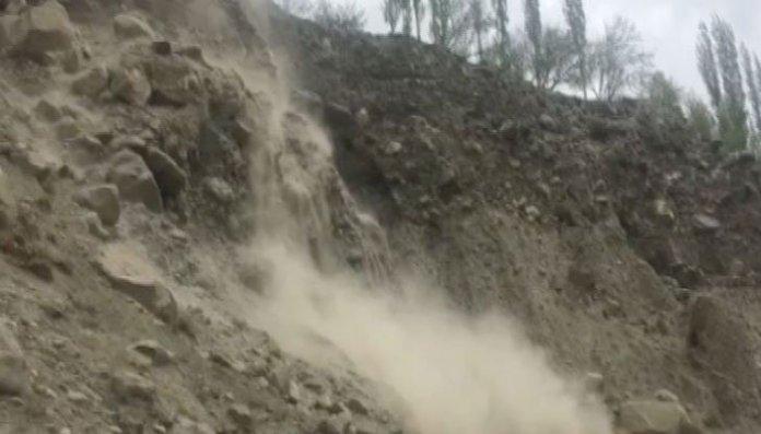 790914 1781349 landslideeeee updates