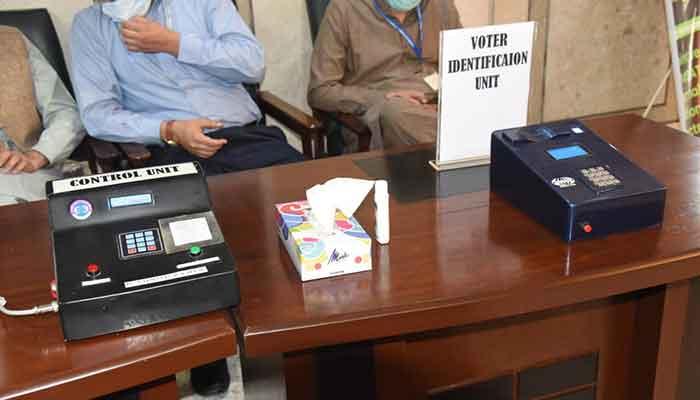 835969 5010640 voting machine updates