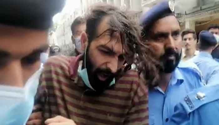 Zahir Jaffer, the prime suspect in the murder of Noor Mukadam, while being brought to court, on July 26, 2021. — File photo