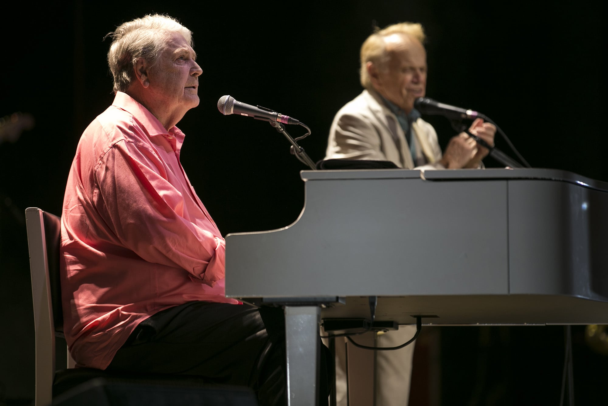 Brian Wilson performs in Syracuse