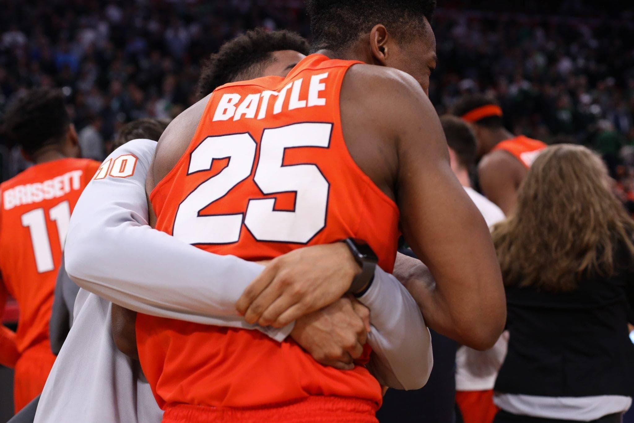 SU vs. Michigan State: Howard Washington hugs Tyus Battle