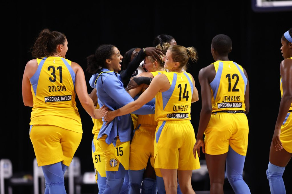Inside the making of Courtney Vandersloot's WNBA assist record