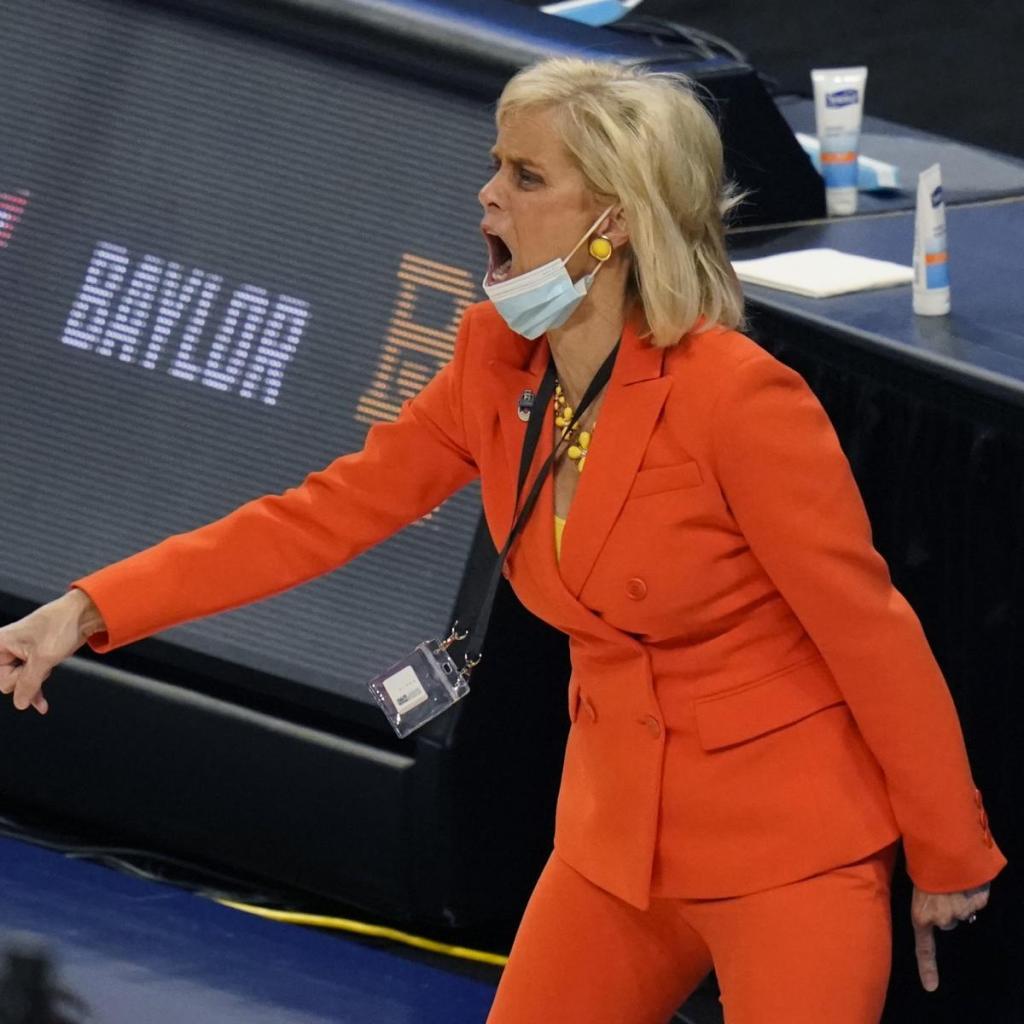 Baylor's Director of Athletics addresses Kim Mulkey rumors