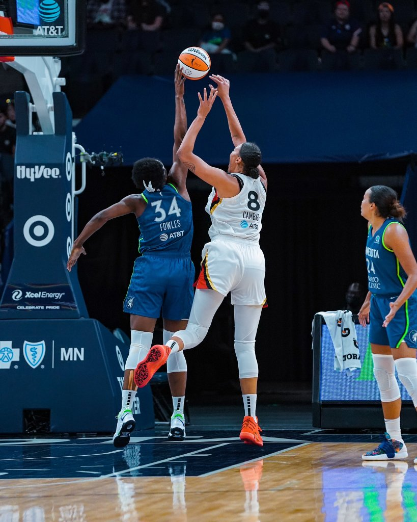 Lynx keep points off turnovers in check and Sylvia Fowles goes off in OT win against Aces