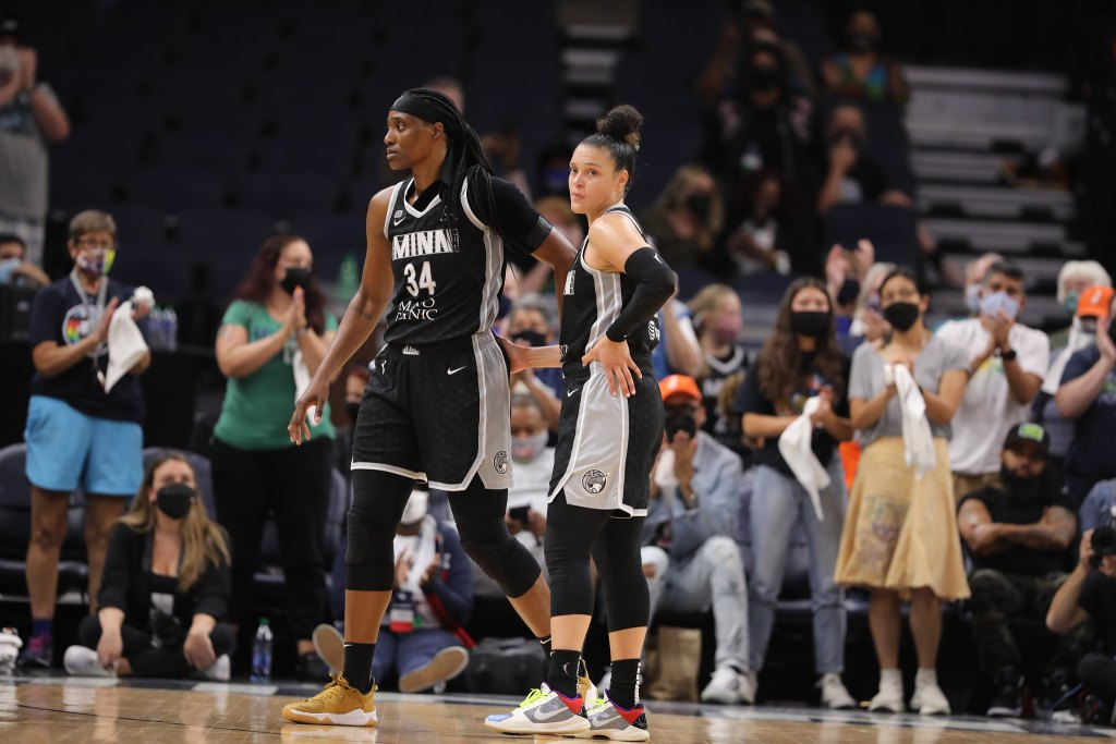 Sylvia Fowles (34) and Kayla McBride (21) in the second-round single-elimination game vs. the Chicago Sky on Sept. 26, 2021. Photo Credit: John Mac