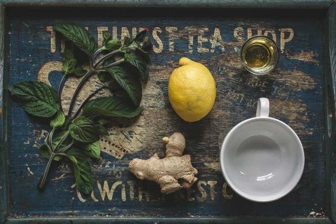 Honey, lemon, peppermint, and ginger can help soothe a sore throat.