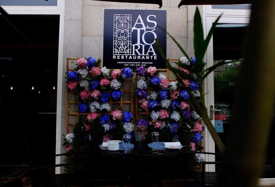 astoria restaurant patio